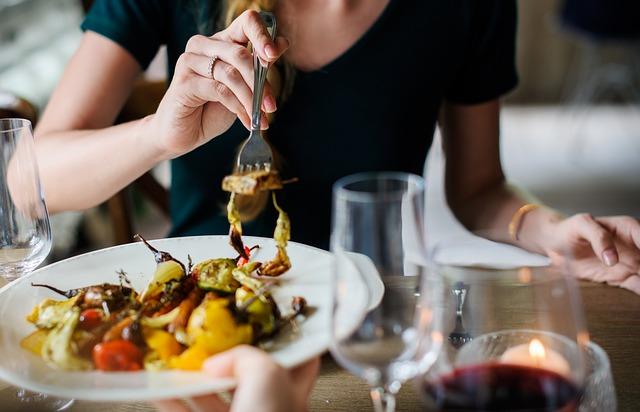Cenar en Madrid en uno de los mejores restaurantes de la sierra